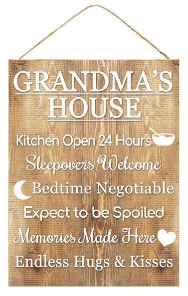 15.75″H X 11.75″L Grandma's House